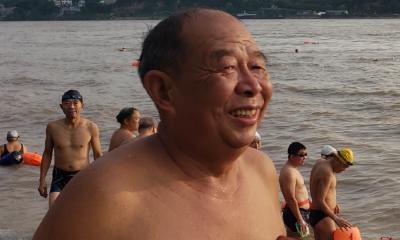 危急关头,宜昌这位72岁大爷下水救人