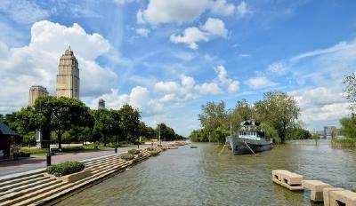 8月7日2时,长江武汉关水位退出警戒线