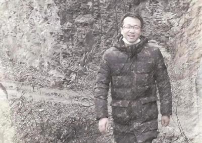 村民富了 39岁的扶贫干部却长眠大山