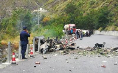 突发!四川阿坝黑水县一直升机坠落,目击者:有驾乘人员受伤