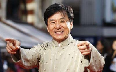 成龙亿万豪宅司法拍卖被撤回 曾是房祖名在京居所
