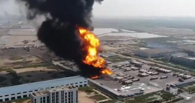 痛心!油罐车爆炸,已致23死!