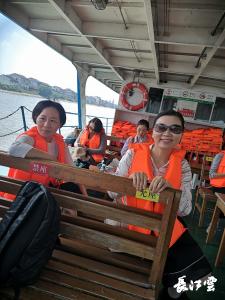 劳模辛苦了!荆州劳模团免费游洪湖