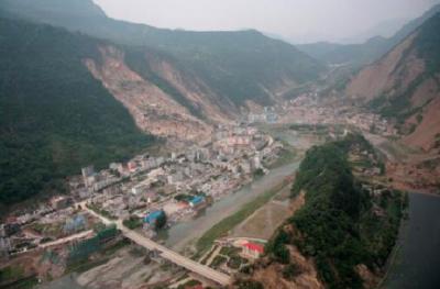 今天凌晨,四川绵阳市北川县连发三次地震,几乎是同一位置