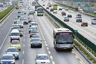 """为让快速路""""快""""起来,武汉将对全市13个路段进行提速"""
