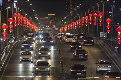 """武汉街头,""""红""""了!"""