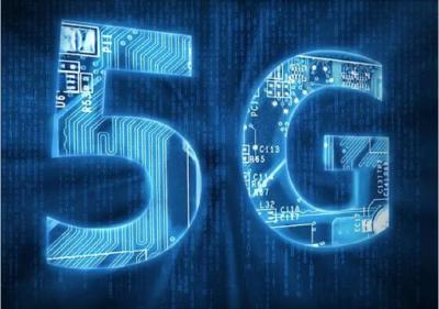 集装箱无人转运、智能理货......武汉阳逻港实现5G信号全覆盖