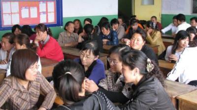 不满换老师全班翘课,学校不能一味迎合家长的不合理诉求