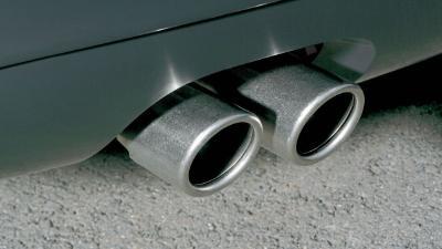 想改装排气管?先查查合不合法吧!