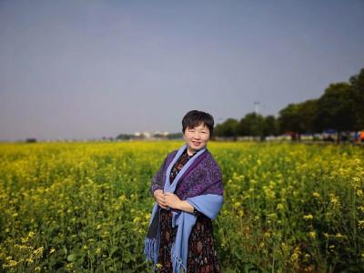 武汉经济技术开发区实验小学吴少荣老师:静下心来教书 潜下心来育人
