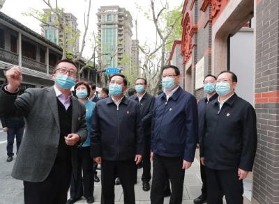 应勇王晓东率团赴上海市学习考察 同题共答同心同向 共同推动长江经济带高质量发展