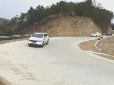 罗田公路建设:条条大路通塆组