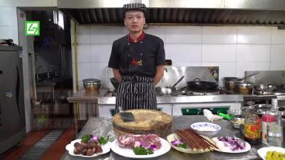 每日摆一道 | 红柳枝板栗烤大羊肉串