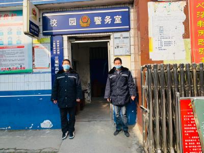 罗田县三里畈高中加强疫情防控不放松