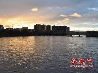 彩虹飞架倒水河(组图)
