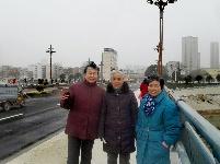 """八旬老人看紅安二橋的""""蛻變"""""""