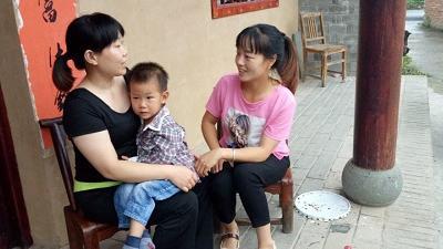房县军店镇中心幼儿园开展暑期家访活动