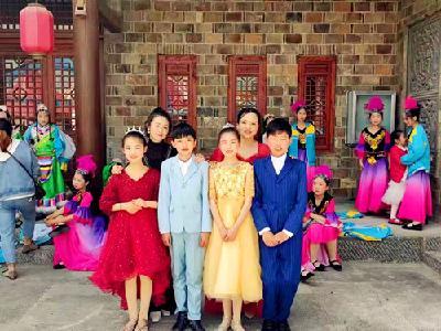 县东城小学:对口支教 让音乐之花在大山中盛开