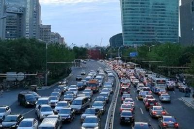 驾照全国统考、领高温津贴…6月这些新规对你影响很大
