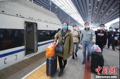 1万多人从湖北乘高铁返京,谁能回?怎么回?