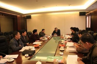 中央军委第三扶贫考评组来竹检查