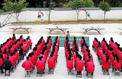 茅塔中学开展传染病预防知识培训