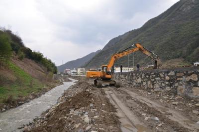 双台乡未雨绸缪开展汛前防汛工作