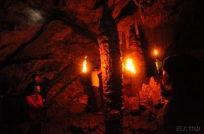 竹山柳林乡·容洞探险-王素冰-摄