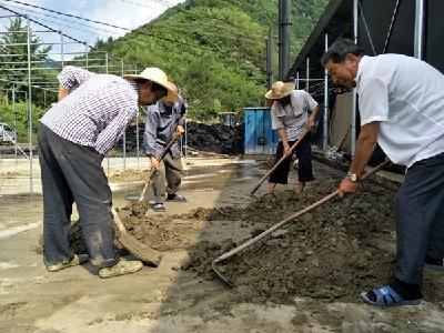 双台乡茅塔寺村:灾后重建 公岗作用大