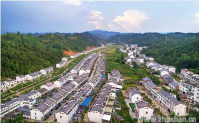 竹山县易迁扶贫安置点风采之二:溢水镇