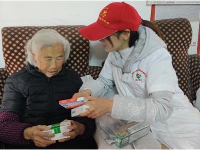 城關鎮志愿者:寒冬送溫暖 健康進社區