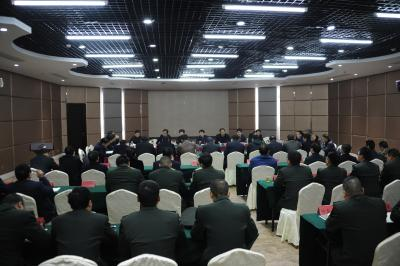 我县召开县委常委议军暨民兵营教导员述职会议