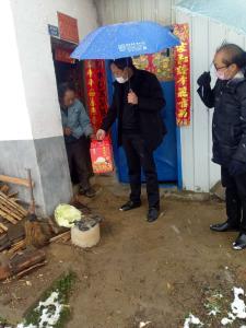 潘口乡:走访慰问困难群体