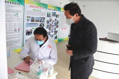 秦古衛生院:努力解決慢病患者用藥需求