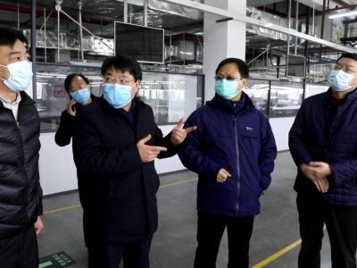 龚举海强调:整合资源 高效生产 支持防疫阻击战