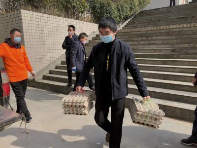 捐獻3.3萬元食材,支援抗疫一線醫護工作者