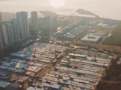 航拍 | 雷神山醫院進度過半 2149間板房場外拼裝