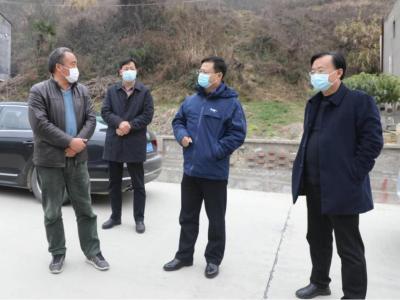 陳建平到雙臺鄉督導疫情防控工作