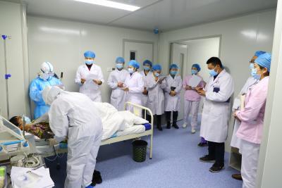 县妇幼保健院开展新冠肺炎疫情防控应急演练