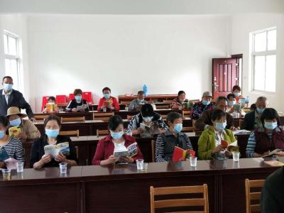 潘口鄉:農家書屋充充電  素質教育節節高