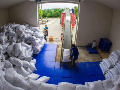 竹山外贸企业复产后首单出口欧洲