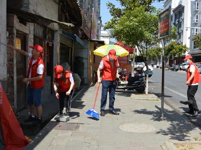 竹山二中志愿者走上街头