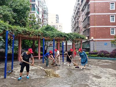 竹山县持续开展爱国卫生运动