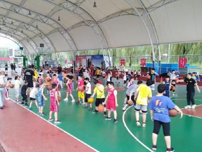籃球訓練充實孩子暑假生活
