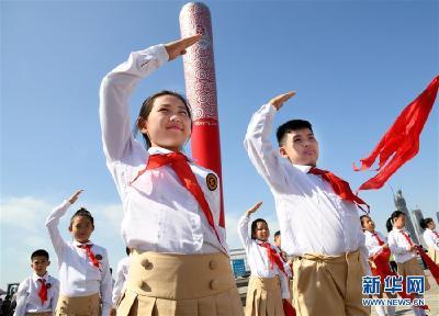 """""""美麗的中國夢屬于你們""""——以習近平同志為核心的黨中央關心少年兒童工作紀實"""