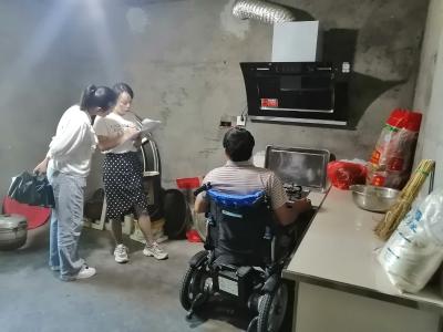竹山残疾人家庭无障碍改造暖人心