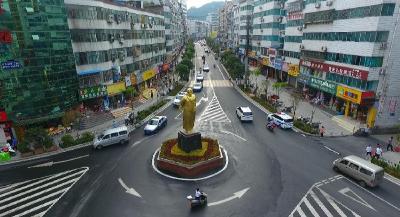 完成城区人民路改造
