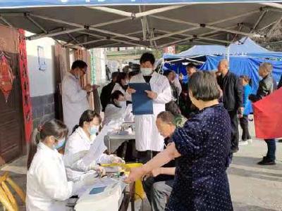 竹坪乡卫生院开展重点人群健康体检工作