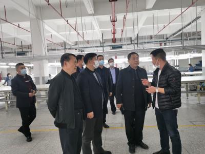 潘口乡:为企业营造创新发展沃土