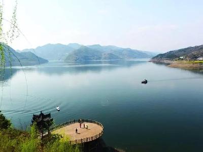 【辉煌十三五•奋进十四五•筑梦新竹山】圣水湖,一个令人神往的地方